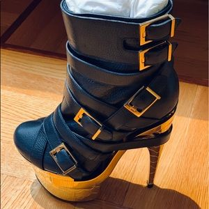 NWT VERSACE boot LAST CHANCE must send back